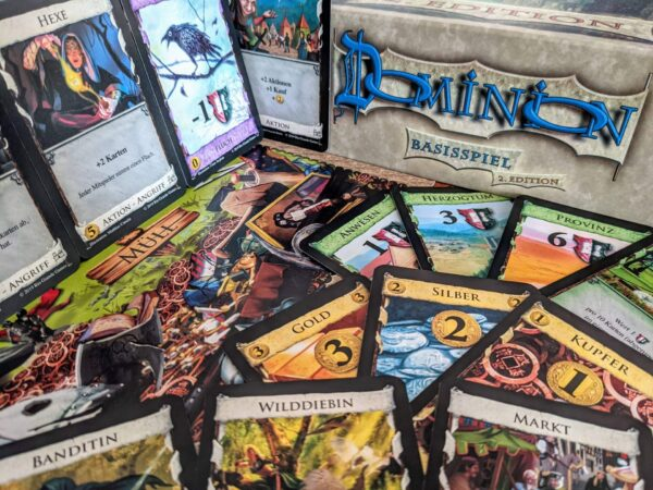 Dominion Review Kartenspiel